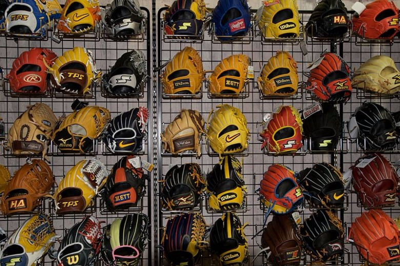 Baseball_gloves._(4060944814).jpg