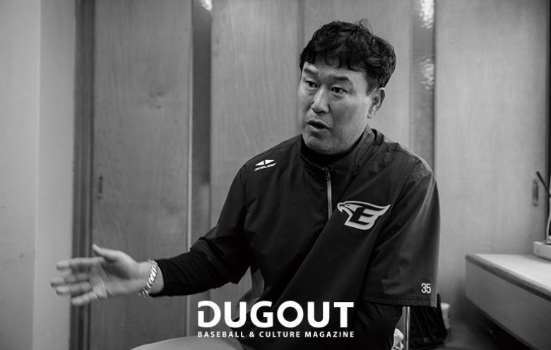 장종훈 코치 (5).jpg